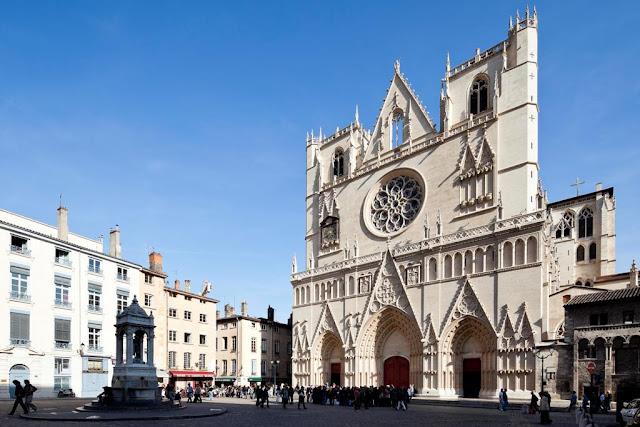 Catedral Saint-Jean em Lyon