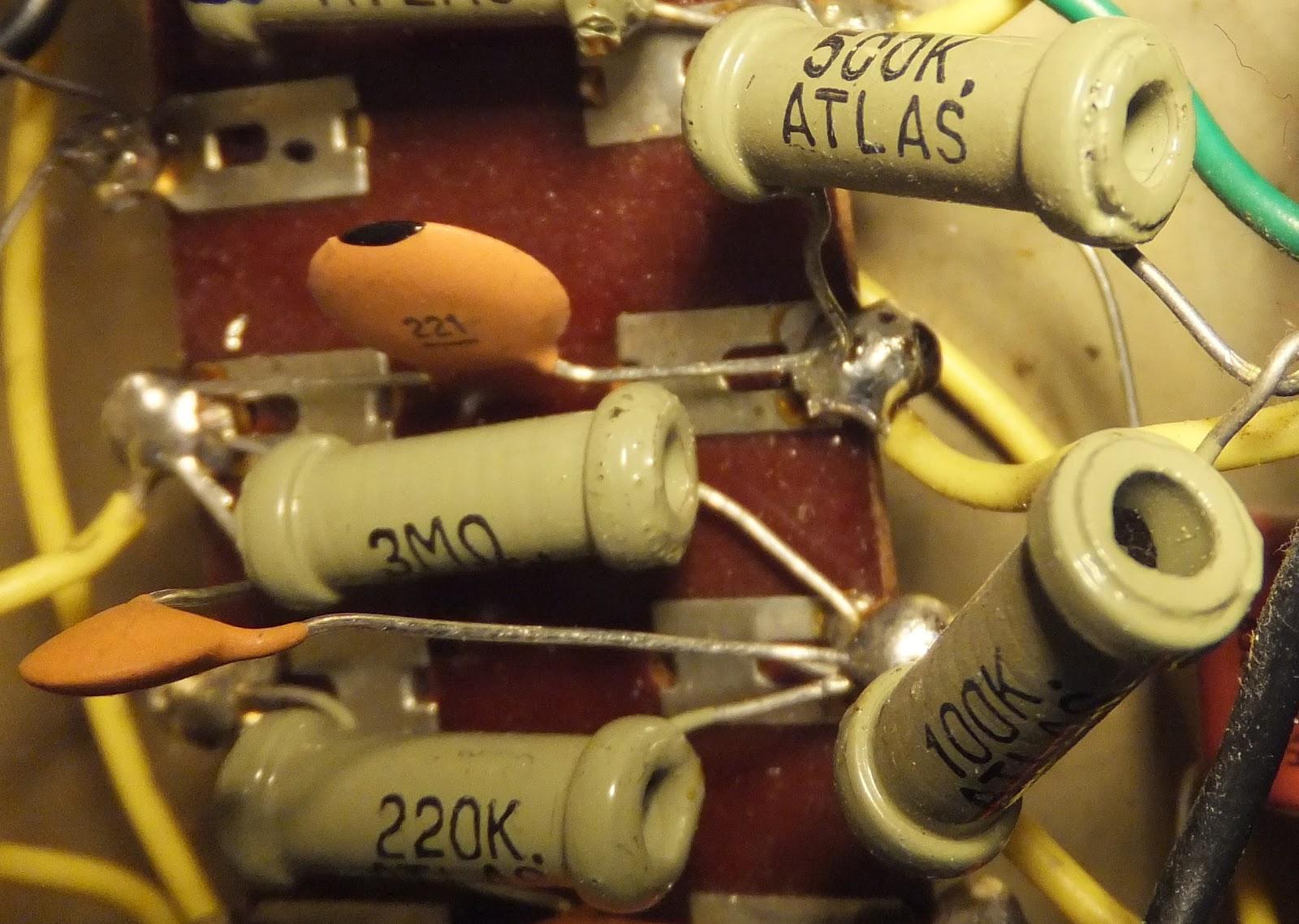 Echo Elk Musical Instruments  Echo    Elk Amplifier Service