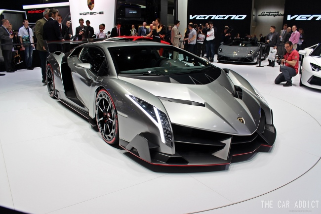 geneva 2013 live lamborghini veneno. Black Bedroom Furniture Sets. Home Design Ideas