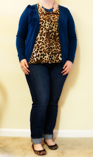 http://snaps-of-ginger.blogspot.com/2013/12/casual-leopard.html