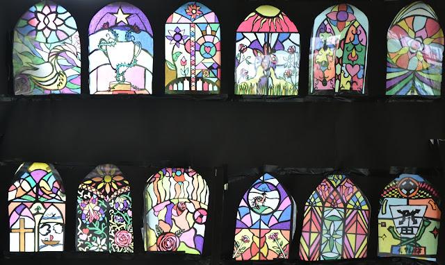 kunst am ernst barlach gymnasium castrop rauxel klasse 7 gotische fenster pappkarton 50 x. Black Bedroom Furniture Sets. Home Design Ideas