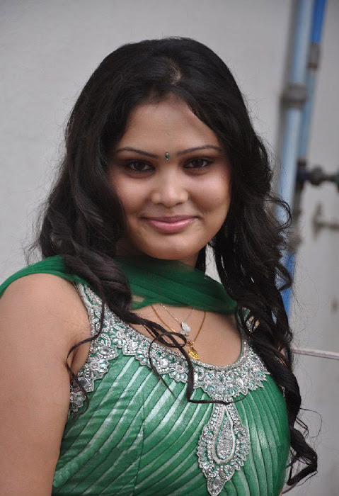 asmitha at tenkasi pakkathula audio release function