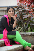 avika gor sizzling photo shoot-thumbnail-6