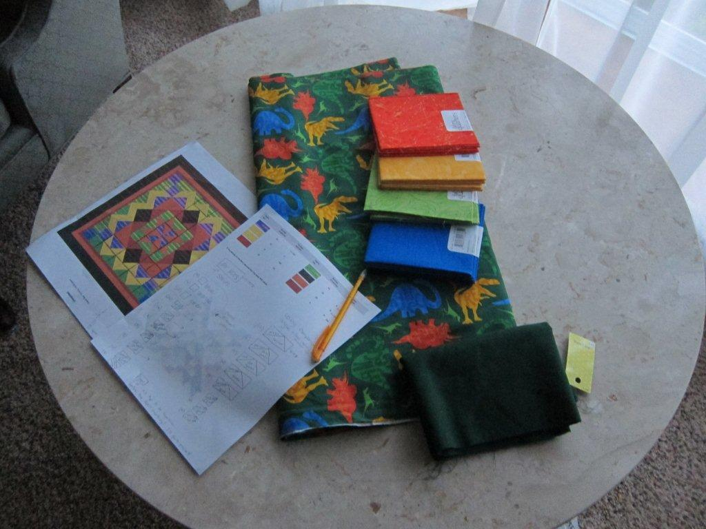 Quilt Guild Project Ideas : Nap Time News: Paul Thomas Dinosaur quilt / Guild Project