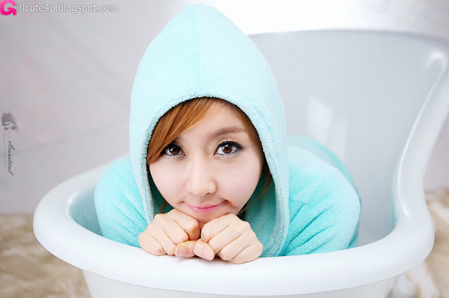2 Choi Byeol Yee and Bathtub-very cute asian girl-girlcute4u.blogspot.com
