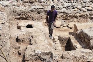 Κατασκευαστικές εργασίες αποκαλύπτουν Ελληνιστικούς τάφους στην Αλικαρνασσό