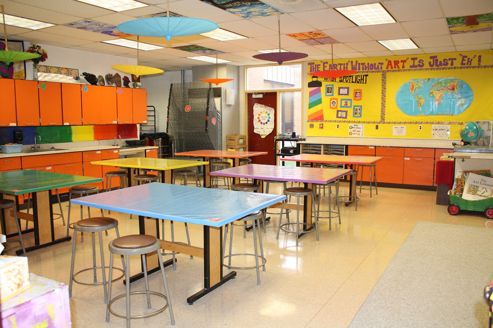 Here Is The New And Improved Art Room For The 2012 13 School Year! I Can  Not Take Total Credit For The New Look Of The Tables, However.