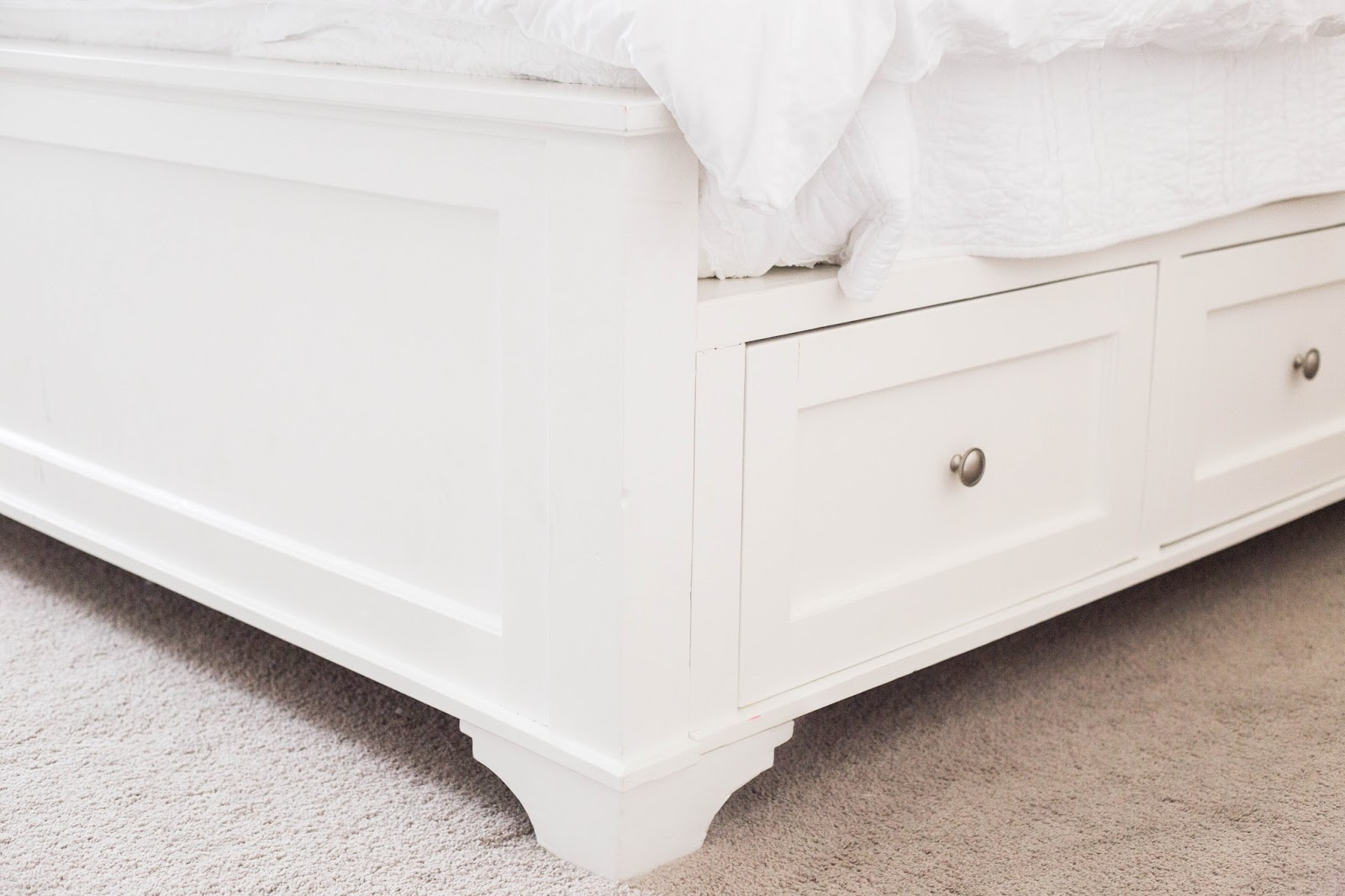 Awesome DIY King Size Bed Frame Part Footboard