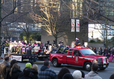 Santa Claus Parade, Vancouver, 2011, music band of Vancouver Fire Department