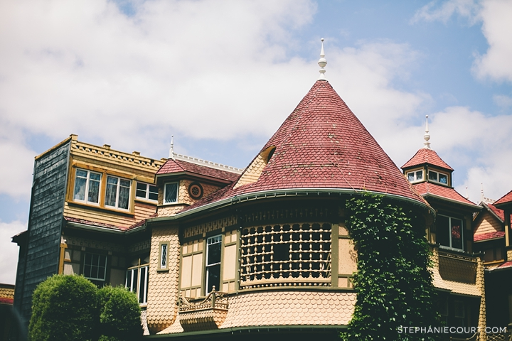 """winchester mystery house"""
