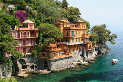 seaside-Villas-near-Portofino-beauty-of-Italy-travel