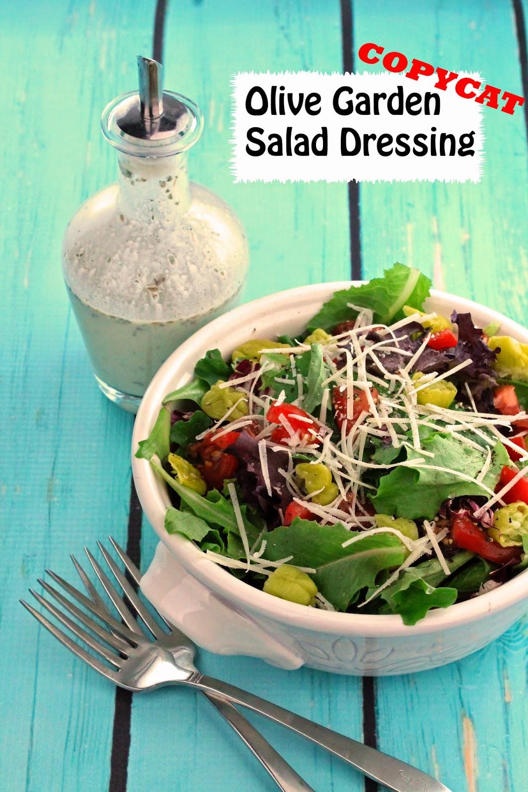 Copycat Olive Garden Salad Dressing - Olive garden house salad