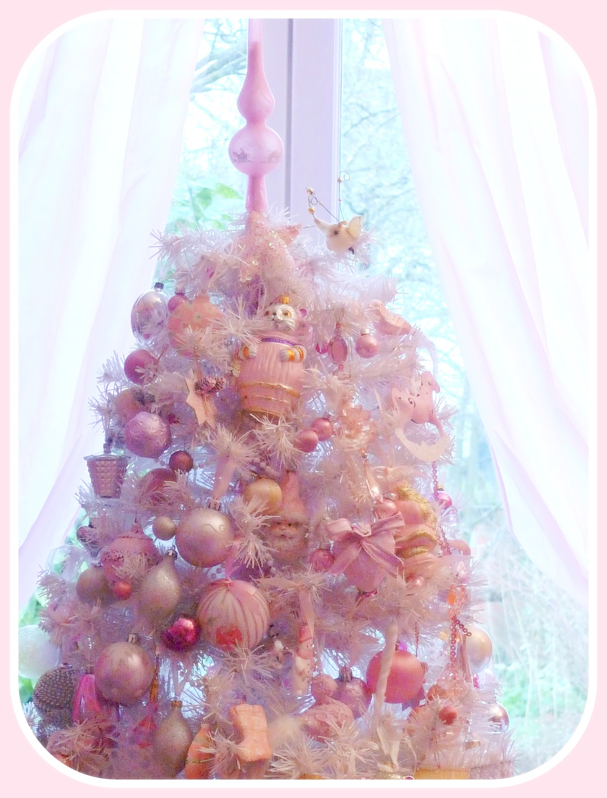 My shabby french life sapin de noel shabby for Decoration de noel rose