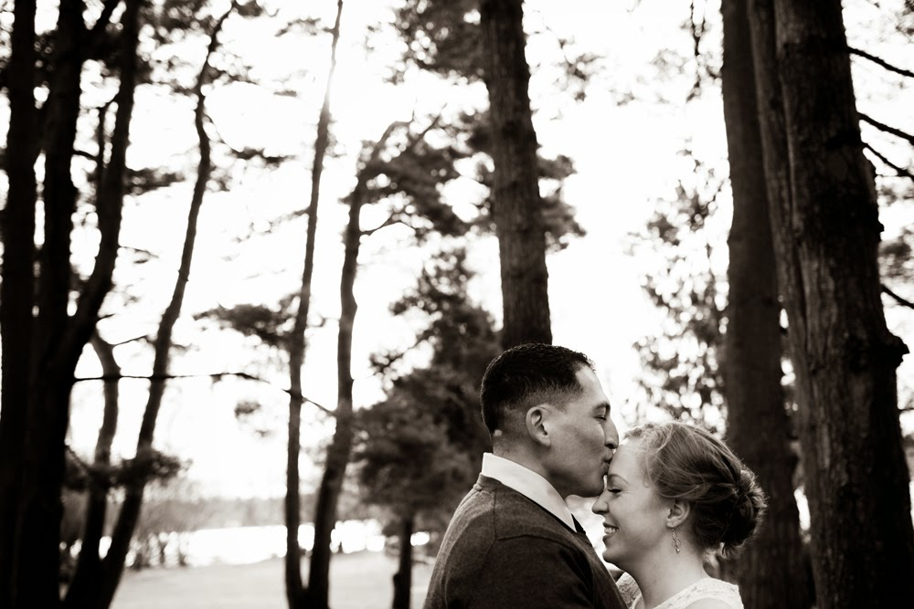 Johnny kiss Christina in engagement photo at Green Lake - Patricia Stimac, Seattle Wedding Officiant