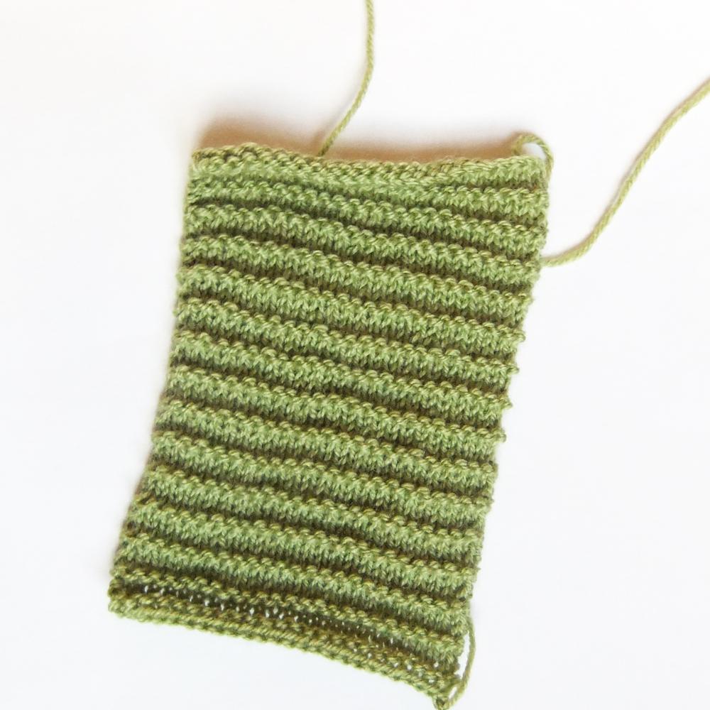 Knitting Pattern Pin Cushion : So much yarn, so little time.: Cactus pincushion knitting pattern ...