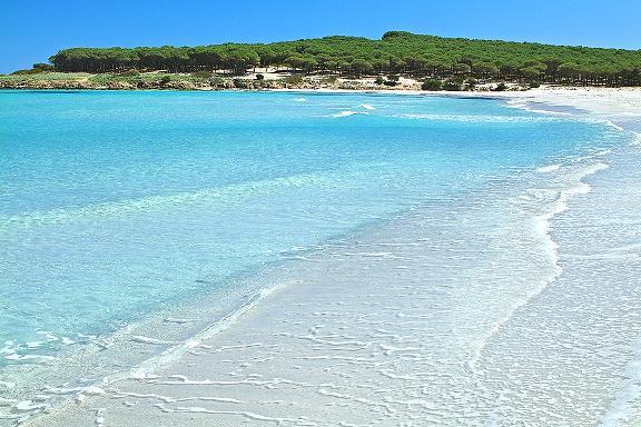 Viaggi sardegna mare vacanze divertimento vacanze for Vacanze a barcellona mare