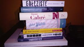 Książki obecnie czytane i oczekujące