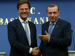 "✓ ""Rutte vs. Erdogan"". A great performance. Congratulations to the two protagonists."