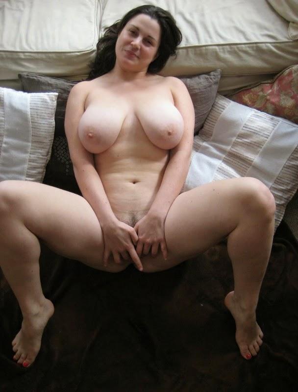 Sacramento California Busty girl playing with herself