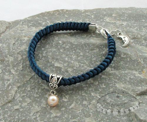 Makramowa bransoletka z perłą 3