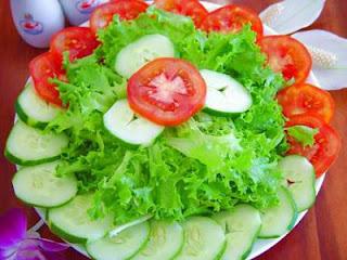 Làm món ăn ngon với sa lát trộn dầu dấm