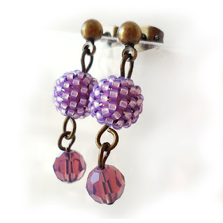 http://dicopebisuteria.com/shop/product-category/beadwork-jewels/