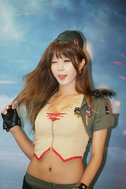 4 Heo Yoon Mi at G-STAR 2012-Very cute asian girl - girlcute4u.blogspot.com