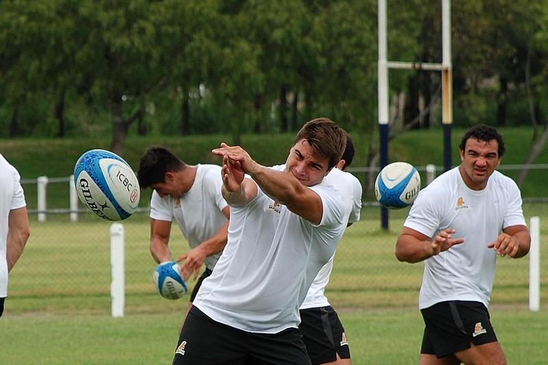 Facundo Isa integra el equipo de Jaguares que participará del  Súper Rugby