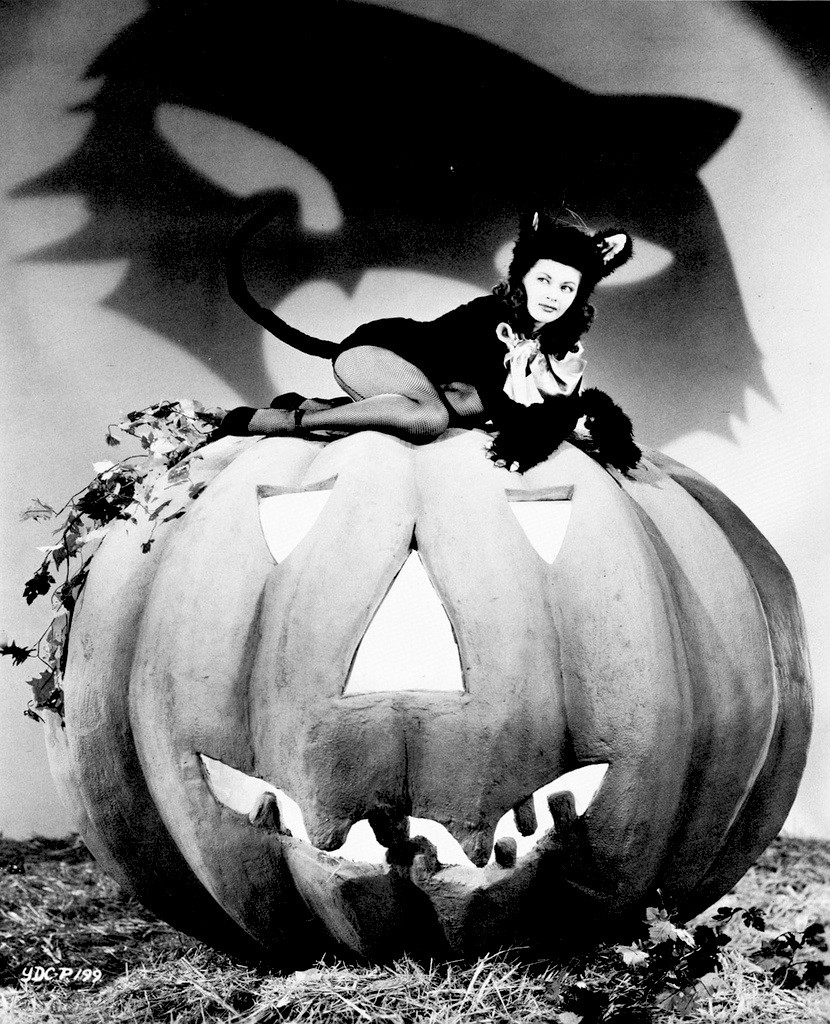 See How Hollywood Starlets Dressed Up For Halloween In The 1940s ~ Vintage Everyday