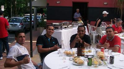 A equipe de apoio da Tony-Car Restaurações: segurança e confiabilidade para quem participa de um passeio do Clube do MP.