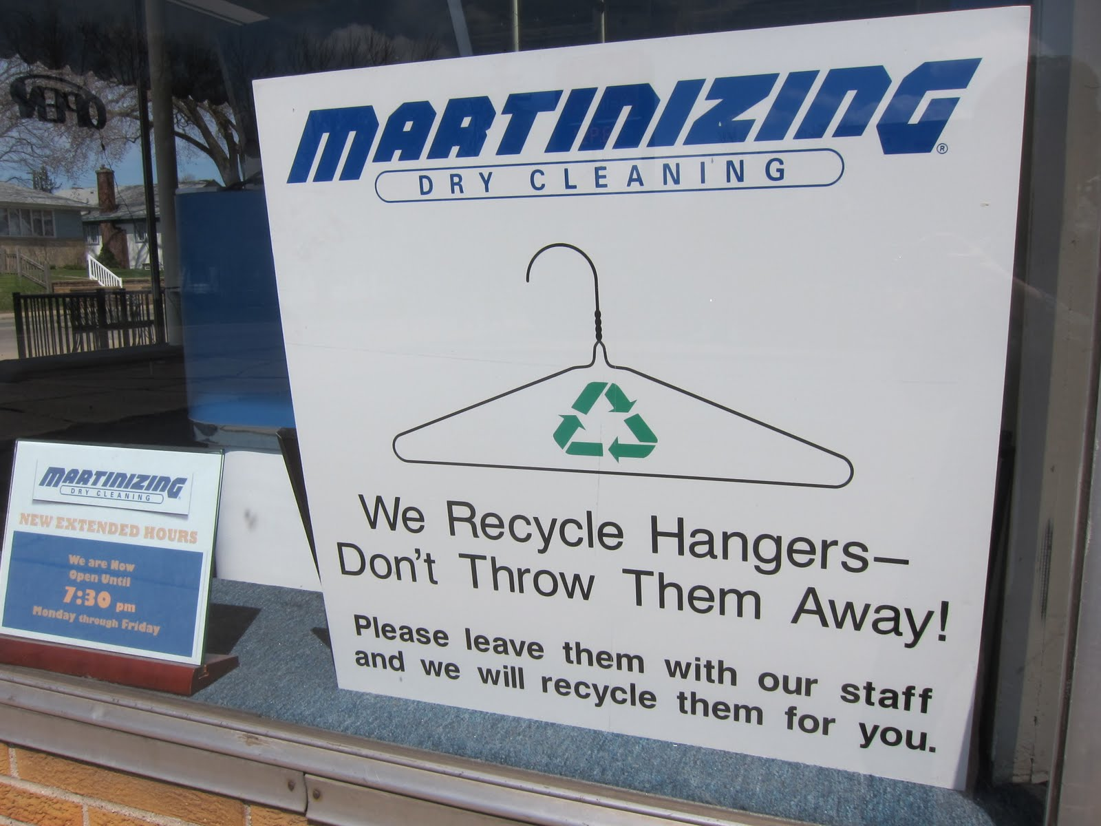 the trashbasher: Reuse those wire hangers
