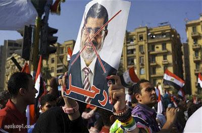 hosni mubarak or Dr.morsi?