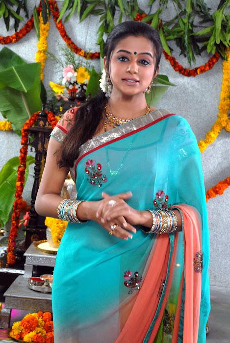 kannad movie lakshmi priyamani hot images