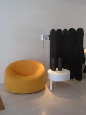 maison21 decorative but not serious ligne roset los. Black Bedroom Furniture Sets. Home Design Ideas