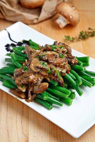 Green Beans in a Creamy Mushroom Sauce