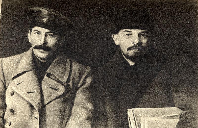 Joseph Stalin y Vladímir Lenin 1919
