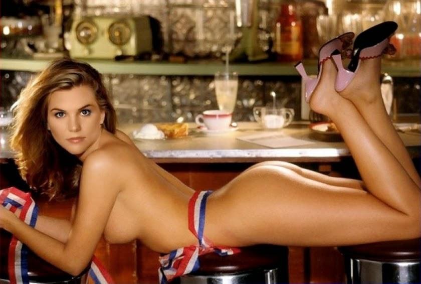 Nackt Bilder : Lori Loughlin Naked Galery   nackter arsch.com