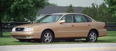 1998 Toyota Avalon beige