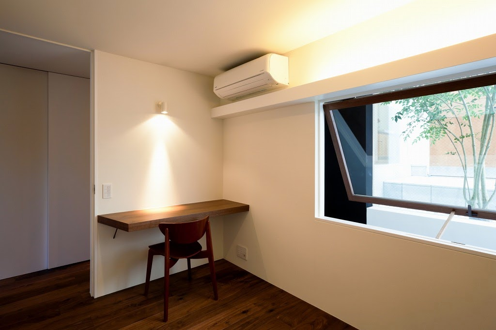 Rumah Minimalis 3 Lantai 17