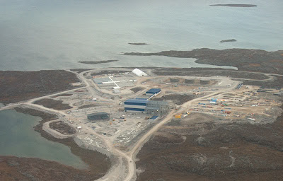 Constructing_Diavik_Diamond_Mine