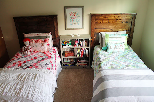 stripe top benches boy and girl shared bedroom beingbrook. Black Bedroom Furniture Sets. Home Design Ideas