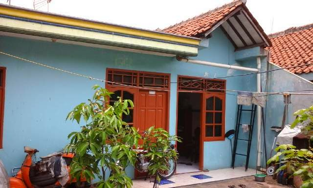 Rumah Dijual di Bekasi Bebas Banjir Strategis Tampak Dapur Samping