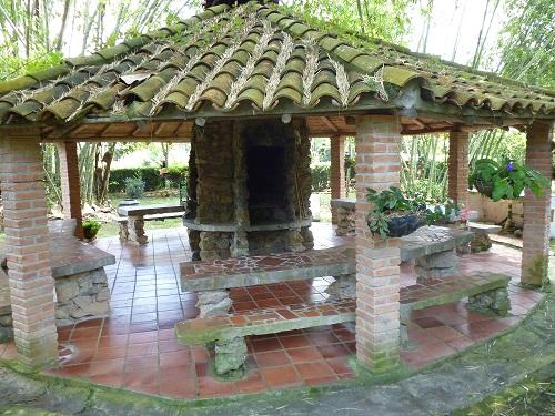 De vacaciones por colombia alquilo exclusiva casa for Kioscos para fincas