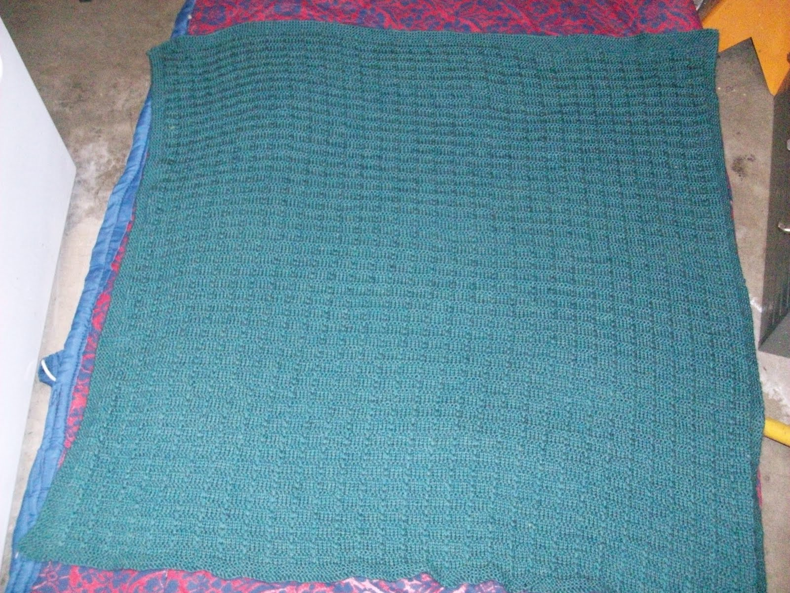 Waffle Knitting Pattern Blanket : Karens Knitting: Waffle stitch baby blanket