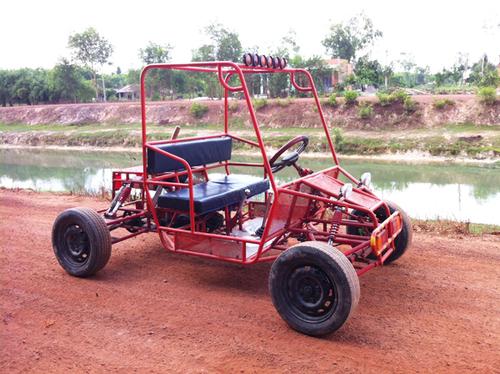 Xe off-road tự chế độc đáo tại Tây Ninh