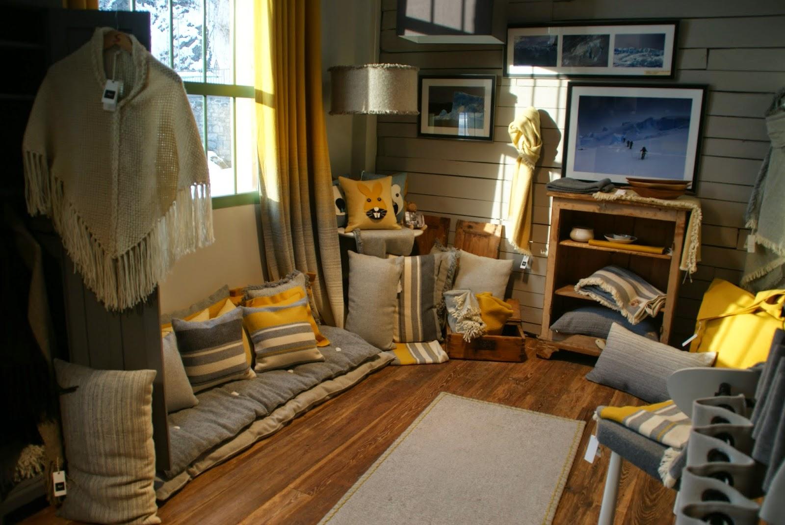 les derni res infos de haute tarentaise par pierre villeneuve seez filature arpin la. Black Bedroom Furniture Sets. Home Design Ideas