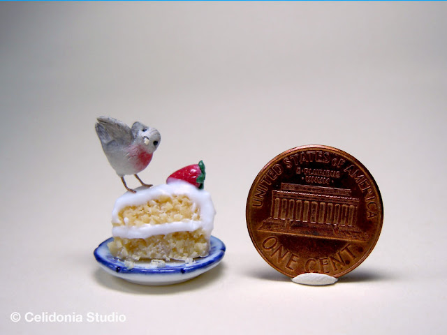 miniature robin by celidonia