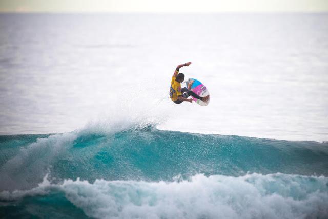 9 Miguel Pupo BRA 2015 SATA Azores Pro Foto WSL Laurent Masurel
