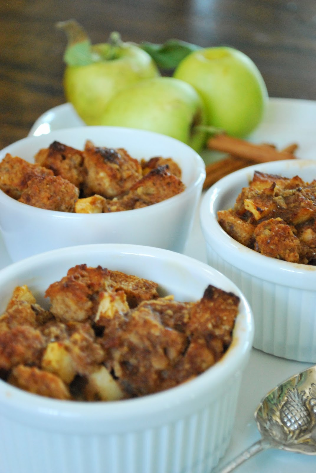 This Make-Ahead Breakfast Bread Pudding is naturally sweetened and packed with fiber for a healthy start to your day.
