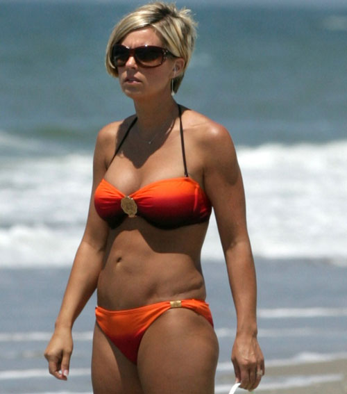 Kate Gosselin Looks Ageless in Cleavage-Baring